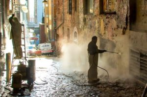pressure washing service for commercial space