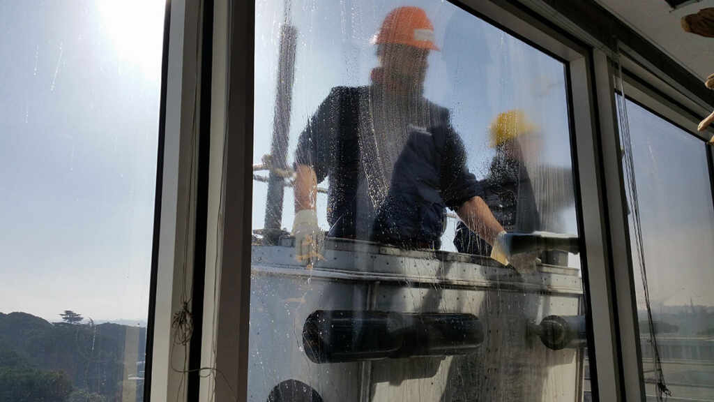 Commercial Building Exterior Windows Wash by MCA Group Newmarket