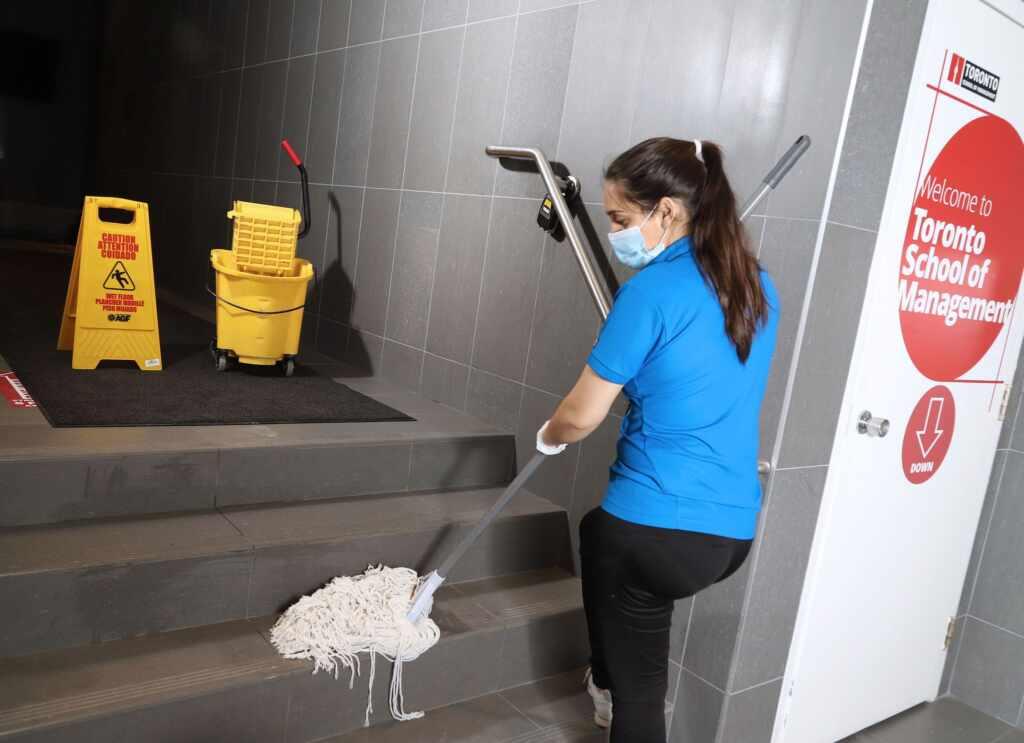 commercial cleaning burlington